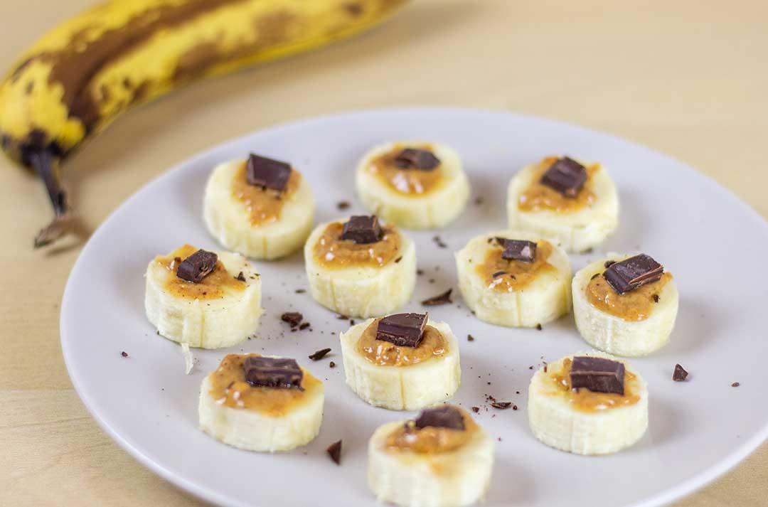 Bananen-Erdnuss-Pralinen-ohne-Zucker