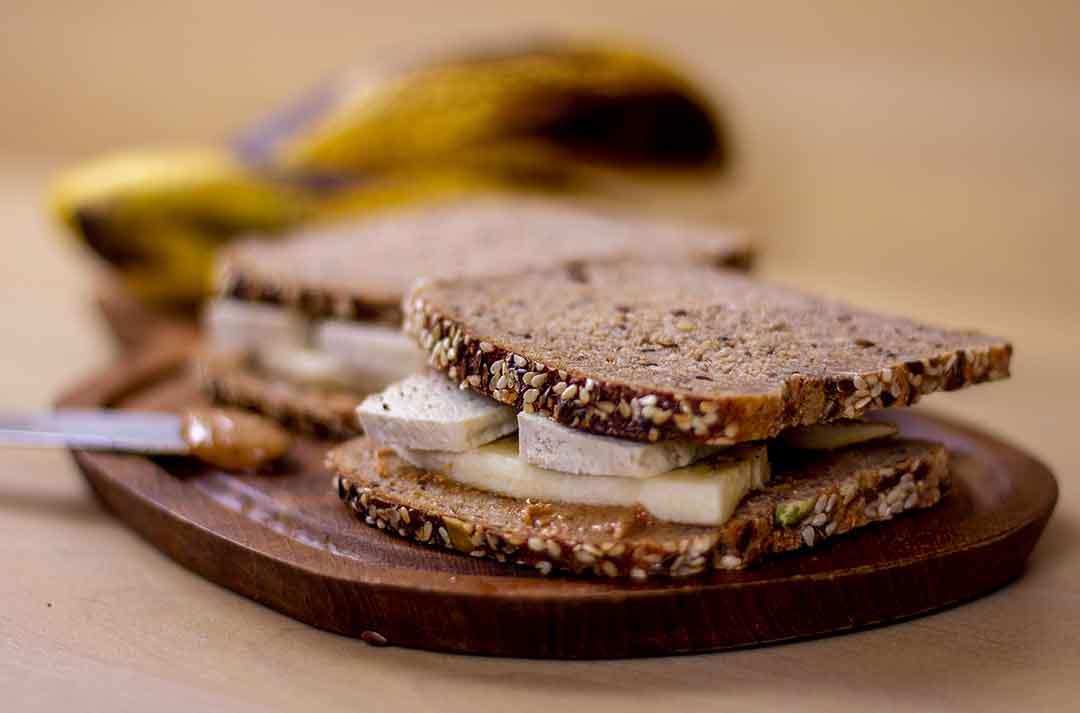 Bananen-Tofu-Sandwich
